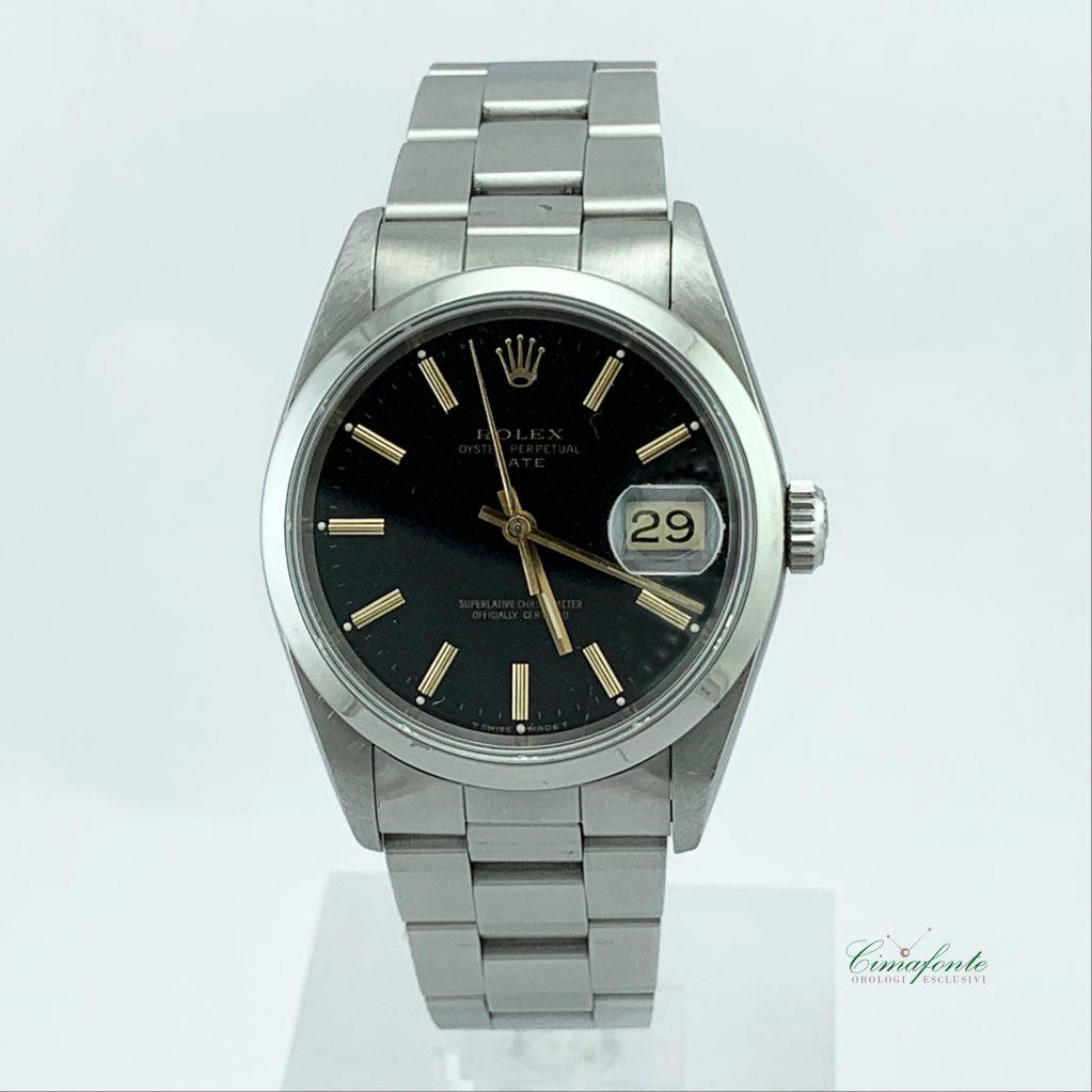 Rolex Date 15200 34mm quadrante nero secondo polso